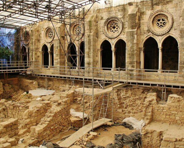 Claustro gótico de la catedral Sé de Lisboa
