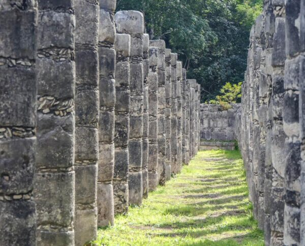 Templo de los Guerreros en Chichén Itzá en Yucatán de México
