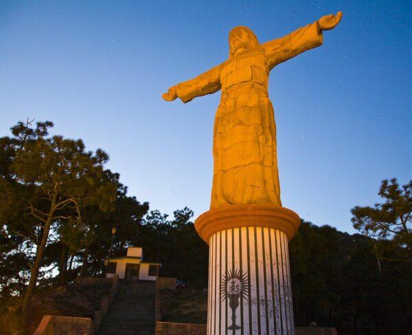 Cristo Monumental en Taxco en México