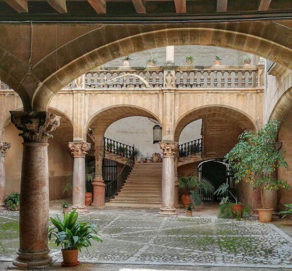 Patio de casa señorial de Palma en Mallorca