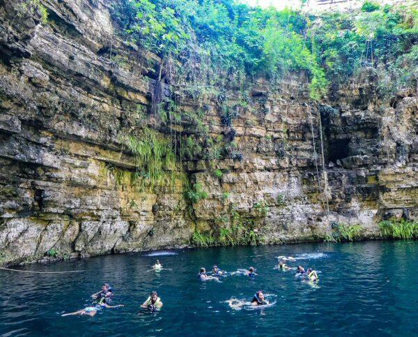 Cenote Chilam Balam en Yucatán en México