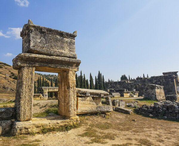 Necrópolis en Hierápolis en Turquia