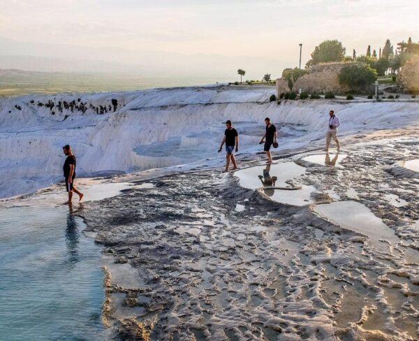 Piscinas termales de Pamukkale en Turquía