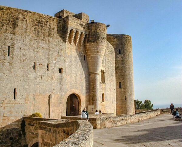 Castillo de Bellver en la ciudad de Palma en Mallorca