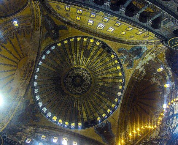 Gran Cúpula de Santa Sofía en Estambul