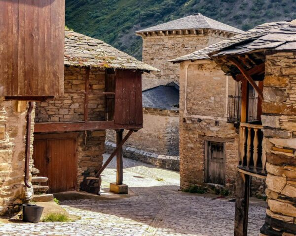 Peñalba de Santiago en el Bierzo leonés