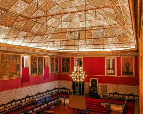 Antiguo Salón del Trono en el Palacio Real de la Universidad de Coimbra