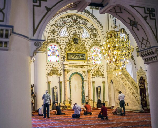 Mezquita Hisar en Esmirna en Turquía