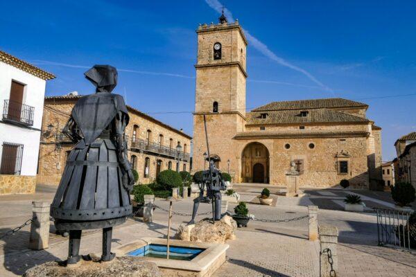 Monumento a Dulcinea en El Toboso
