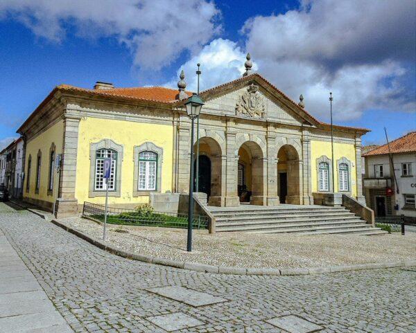 Ayuntamiento de Almeida en Centro de Portugal