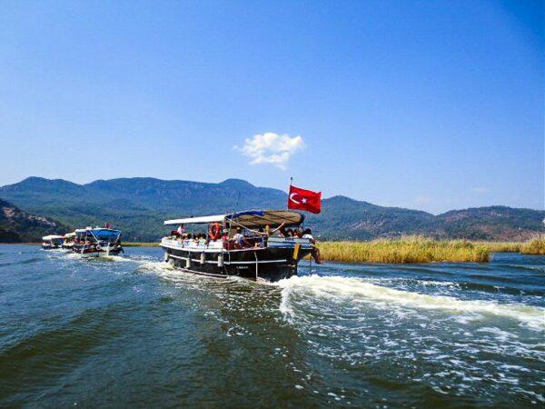 Excursión en barco desde Dalyan a Caunus en Turquía