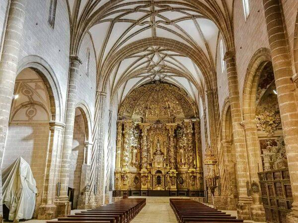 Basílica de la Asunción en Villanueva de la Jara en Cuenca