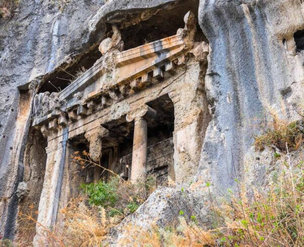 Necrópolis de Fethiye en la costa Licia de Turquía