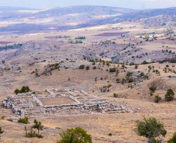 Vistas del recinto arqueológico de Hatusa en Turquía