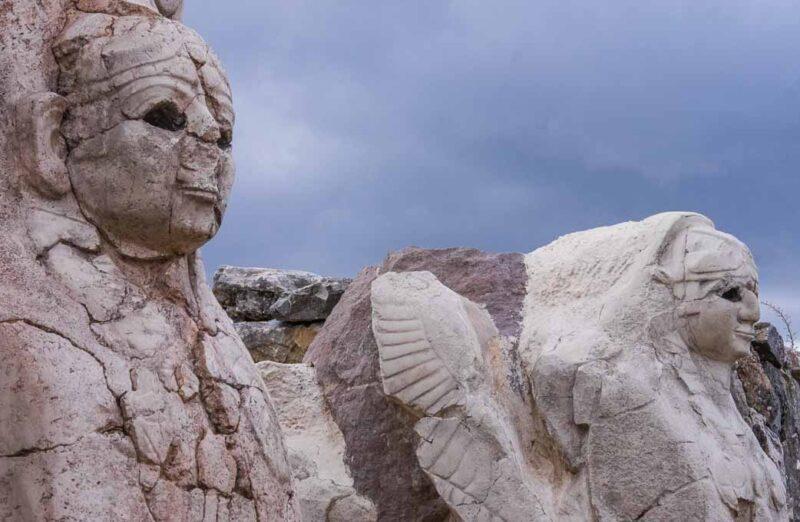 Puerta de las Esfinges en Hatusa en Turquía