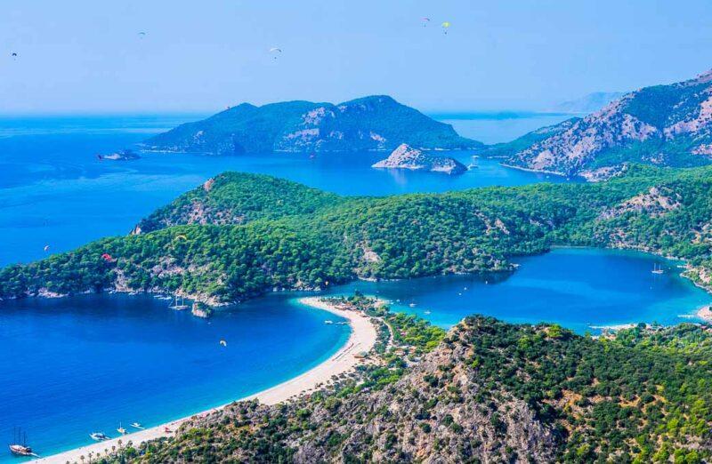 Paisajes de Ölüdeniz en la costa Licia de Turquía