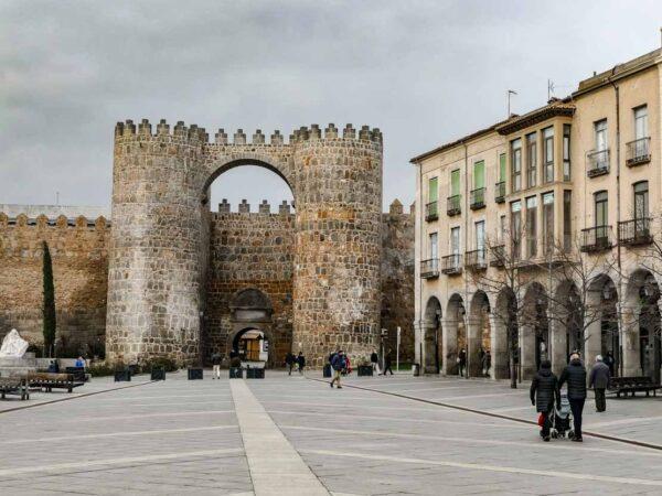 Puerta del Alcázar en la Muralla de Ávila