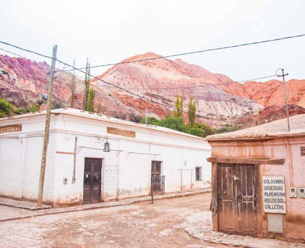 Purmamarca en Quebrada de Humahuaca en Argentina