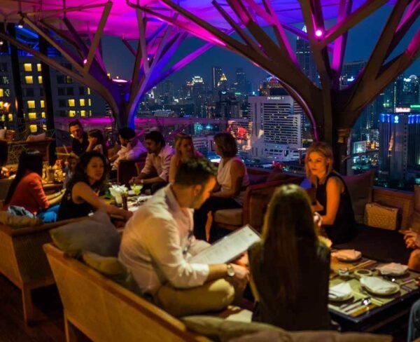 Azotea restaurante Adobe Eleven en Bangkok