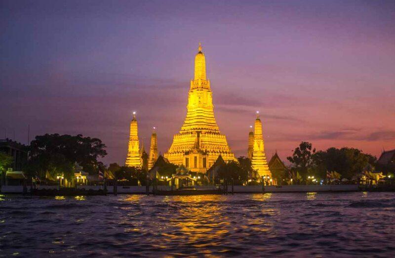 Wat Arun en Bangkok en Tailandia