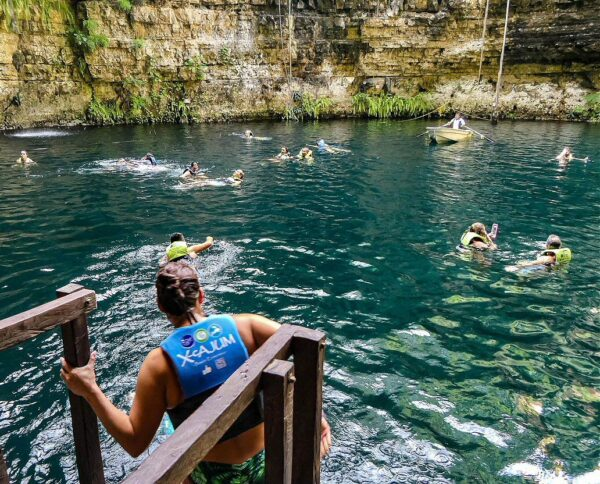 Cenote Chilam Balam en Riviera Maya en México